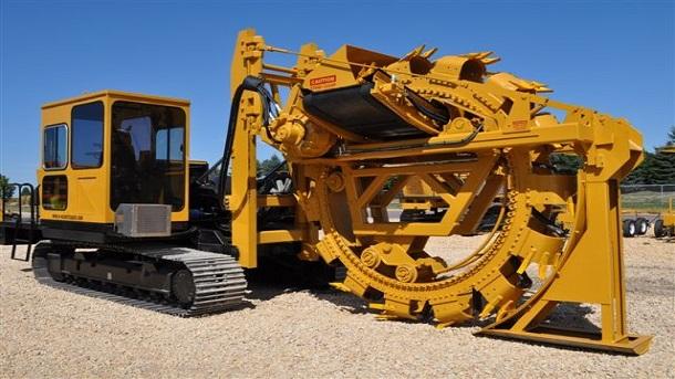 Máy đào rãnh được sử dụng đào rãnh trong đất cho mục đích đặt đường ống, đặt cáp, đường thoát nước,...